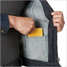 左 内ポケット
