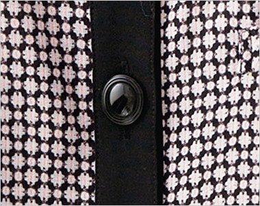 光沢のあるシンプルな黒いボタン